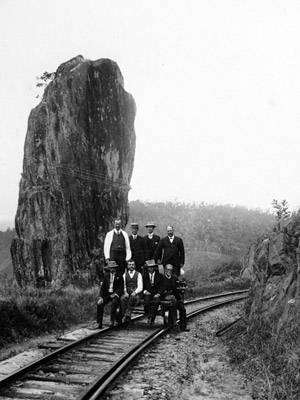 Group of VIPs at Robb's Monument c. 1915. This well known landmark was known as Mayula by local Aboriginal groups. Source Queelsand Rail/Queensland Museum