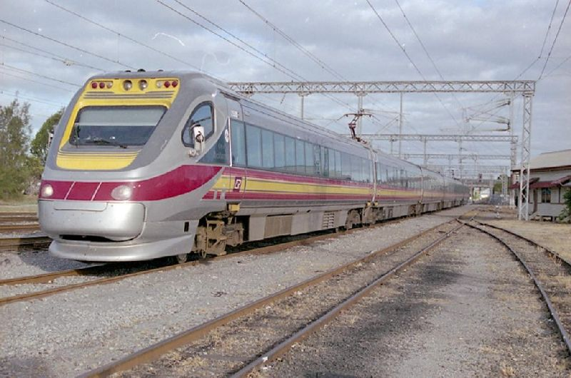 An electric tilt train arrives at Gladstone station in July, 2001